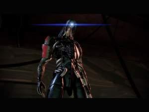 Mass Effect 2 : An Bord der Normandy sollten Sie Legion als zehntes Crew-Mitglied reaktivieren.