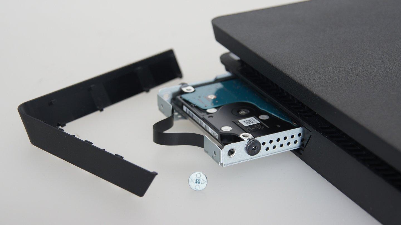 playstation 4 slim die bislang beste playstation 4 gamestar. Black Bedroom Furniture Sets. Home Design Ideas