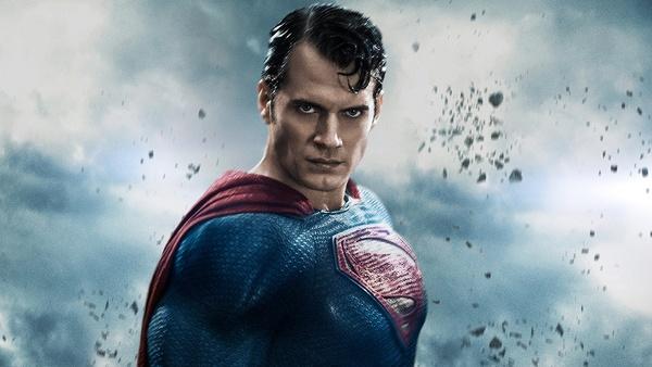 Henry Cavill hat seine DCEU-Rolle als Superman noch nicht aufgegeben