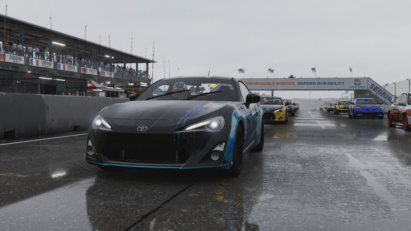 Forza Motorsport 6Achtung Aquaplaning!