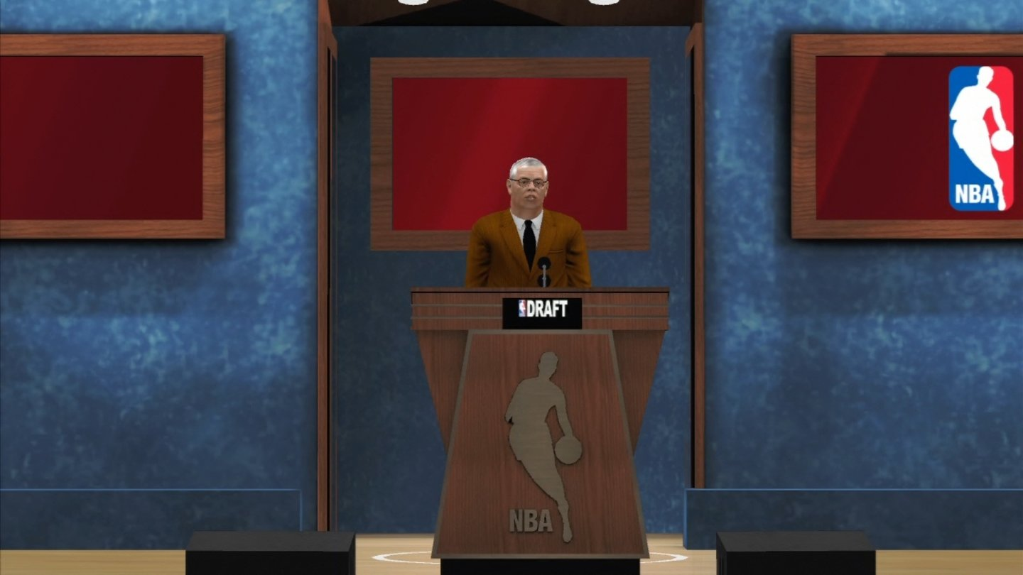 NBA 2K13NBA-Commissioner David Stern für durch den Draft.